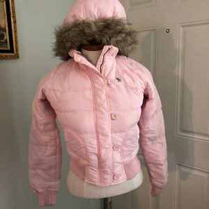 Abercrombie cropped pink puffed puffy jacket coat